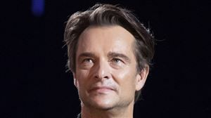 Voici quel couple people salue l'interview confidences de David Hallyday