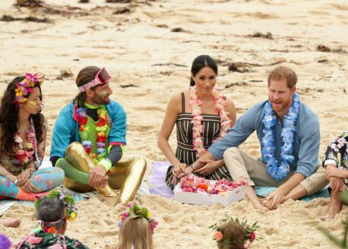 PHOTOS. L'instant cute ! Le geste tendre du prince Harry envers Meghan Markle en Australie
