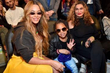 Blue Ivy recadre Tina Knowles, sa grand-mère