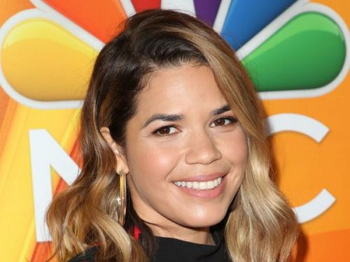America Ferrera:  la star d'Ugly Betty raconte l'agression sexuelle qu'elle a vécue à 9 ans