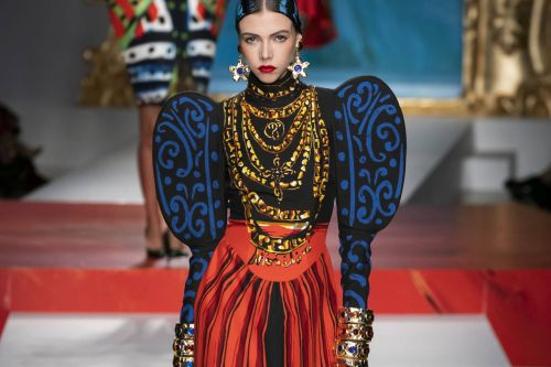 Fashion week de Milan : Moschino rencontre Picasso
