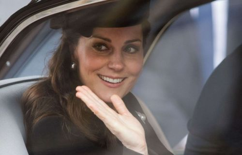 VIDEO. Royal baby 3: Kate Middleton, épouse du prince William, a accouché d'un garçon