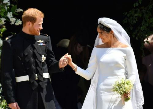 Robe Givenchy et bijoux Cartier:  la French Touch s'invite au Royal Wedding