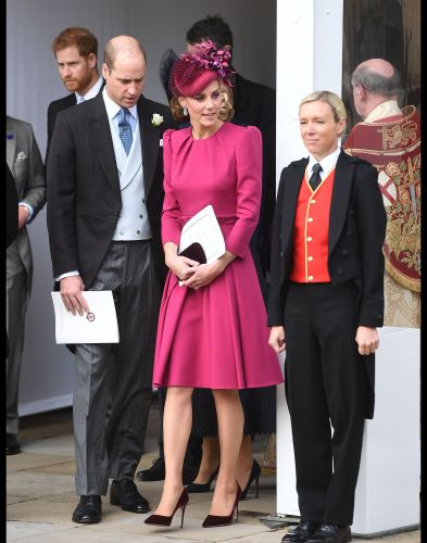 PHOTOS - Royal wedding:  Kate Middleton irrésistible en robe fuchsia