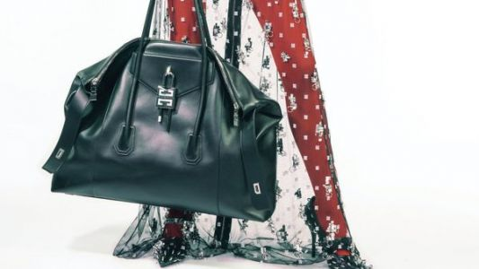 Givenchy dévoile la réinterprétation de son sac culte Antigona par Matthew M. Williams