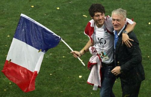 Comment Dylan Deschamps a aidé son père Didier Deschamps à remporter la Coupe du monde 2018
