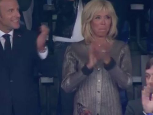 PHOTOS. Brigitte Macron:  chic et bling en Louis Vuitton pour le match France-Pays-Bas