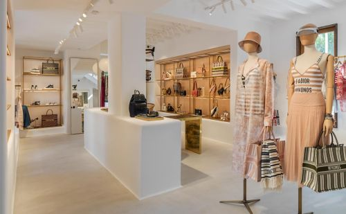 Dior inaugure un pop-up store à Mykonos
