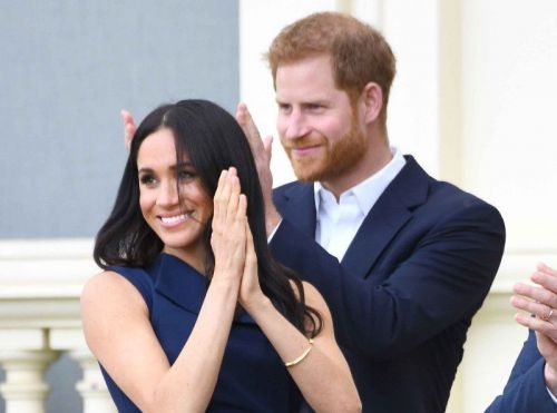 Meghan Markle et le prince Harry à la plage:  les photos qu'on attendait tous !