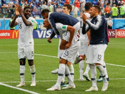 PHOTOS. Coupe du monde 2018 : revivez la solide qualification des Bleus face à l'Uruguay en images