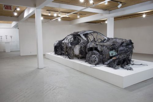 Astonishing Car Installation Made with Easily Materials