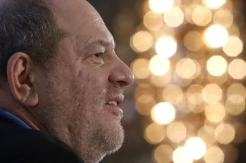 Le producteur Harvey Weinstein devrait se livrer à la justice de New York