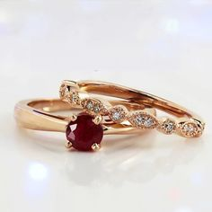 Ruby Engagement Rings: A Complete Guide to Buy