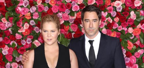 Amy Schumer annonce sa grossesse avec humour