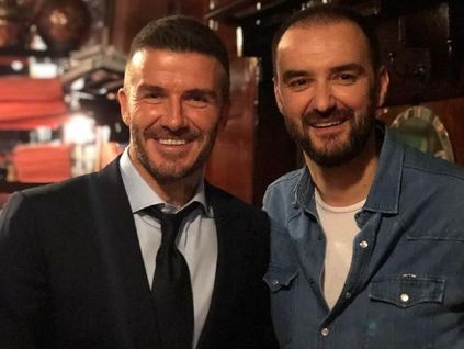 PHOTO. Quand Cyril Lignac reçoit David Beckham à la table de son restaurant parisien